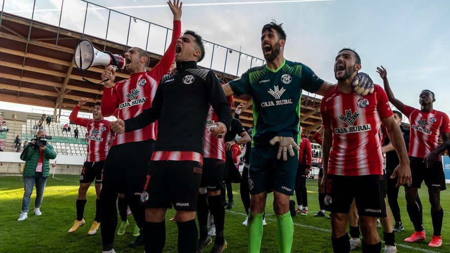 GALERÍA| Las mejores imágenes del partido de fútbol  Zamora C.F-Cultural