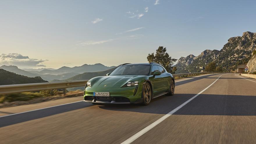Porsche Taycan Cross Turismo, un eléctrico para ir a cualquier parte