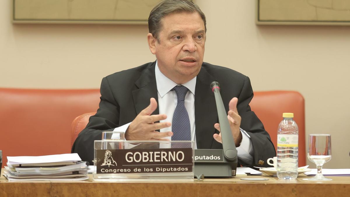 El ministro de Agricultura, Pesca y Alimentación, Luis Planas, comparece en una Comisión de Agricultura, Pesca y Alimentación en el Congreso de los Diputados, a 13 de septiembre de 2021, en Madrid, (España)