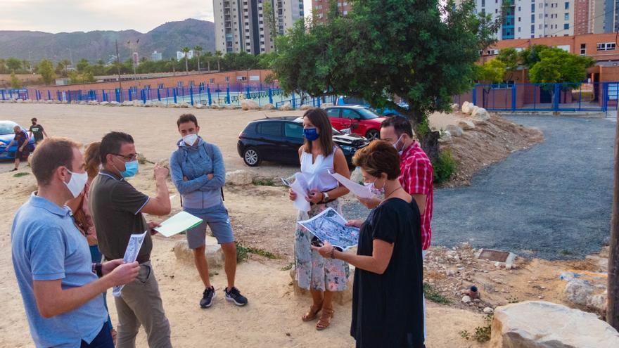 Benidorm inicia su plan de peatonalización en colegios en el barrio de Els Tolls