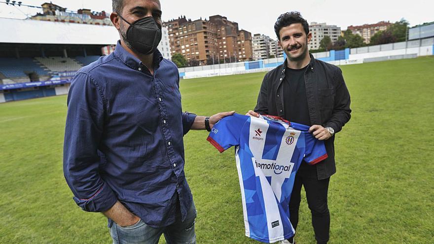 Fútbol: Diego Baeza dice que la continuidad de Luis Rueda depende del director deportivo