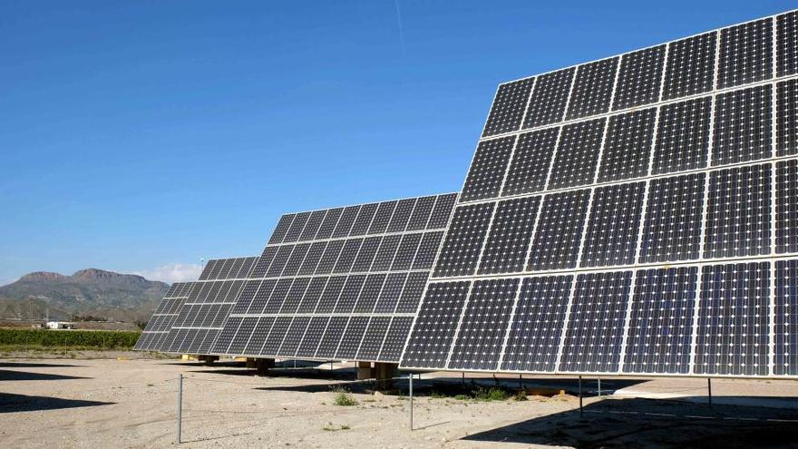 Fecoam celebra el acuerdo para eliminar el impuesto al sol