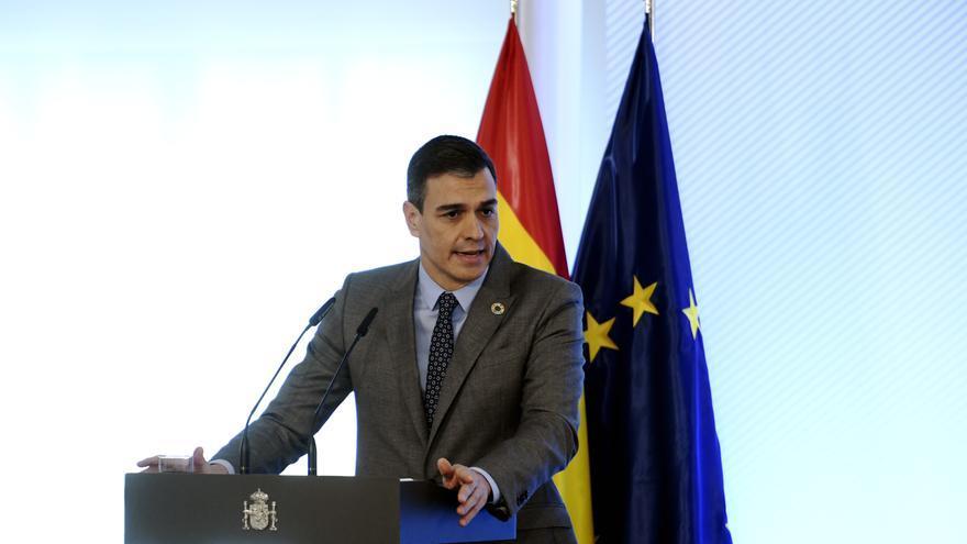 Sánchez defiende ante los líderes europeos implantar el certificado de vacunación