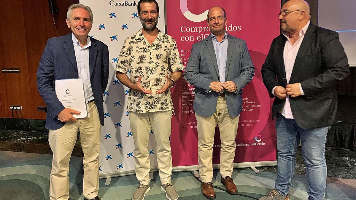 Josep M. Vicens (presidente del Cercle), Marc Masmiquel, Marc Ponsetí y Eduardo Zúñiga.
