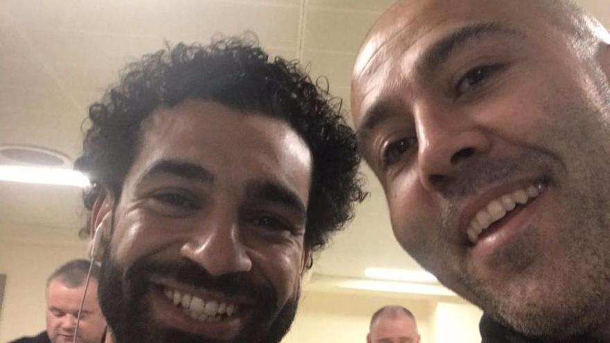 Salah viaja a València para ser tratado por el fisioterapeuta Rubén Pons