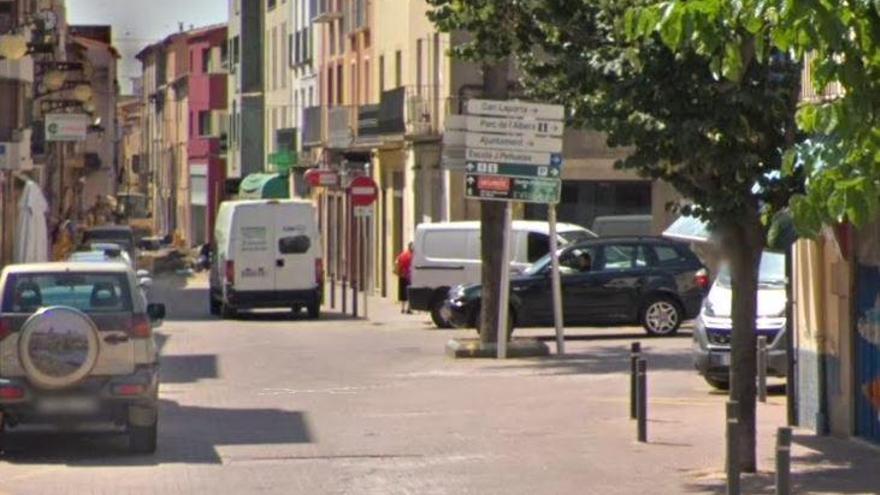 La Jonquera edita una guia per ajudar als comerços locals amb la transformació digital