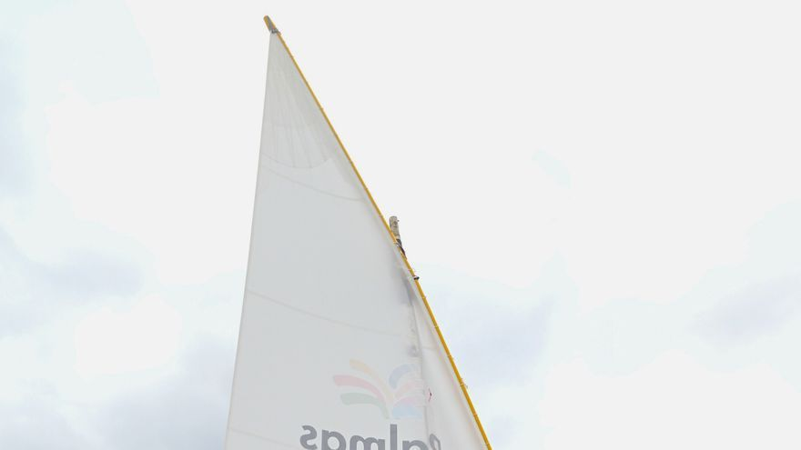 La Vela Latina navega por las Rías Baixas