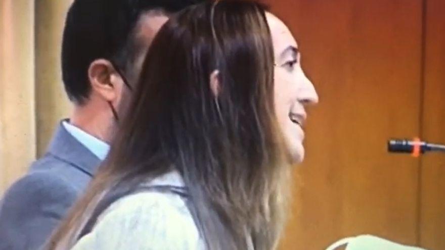 La portavoz de Vox reza un Ave María contra el aborto en el Pleno de Córdoba