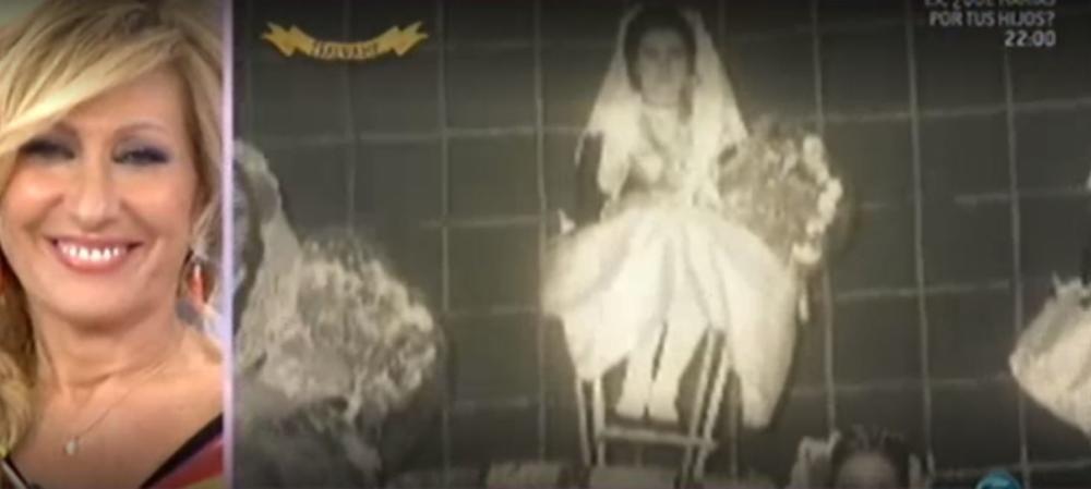Rosa Benito, cuñada de Rocío Jurado, fue Dama del Foc en 1971.