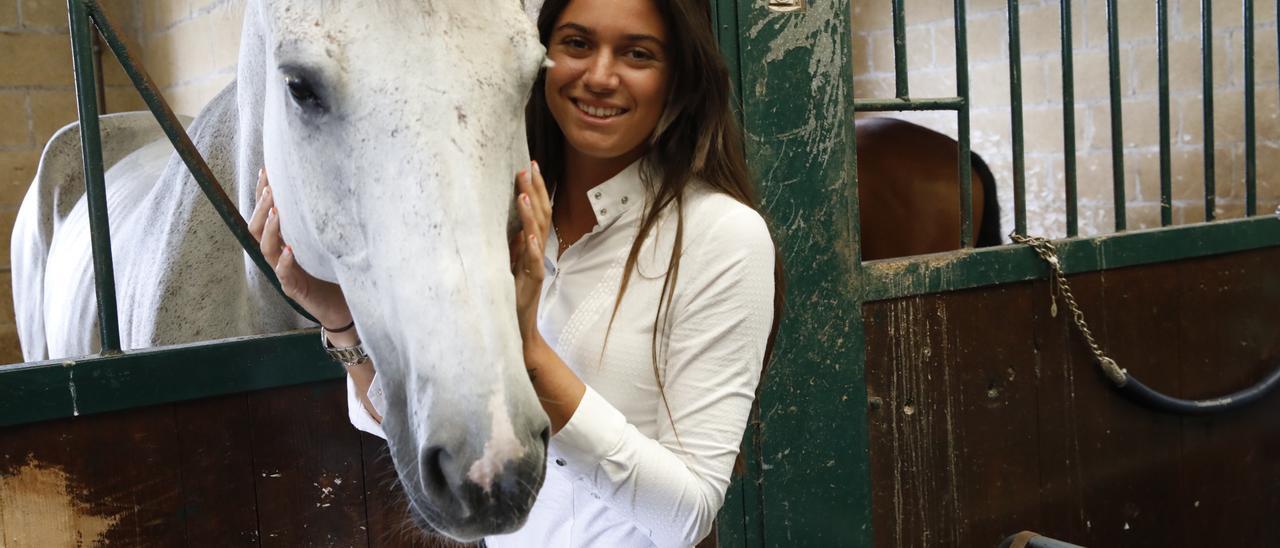 Así es Sira Martínez, la hija amazona de Luis Enrique