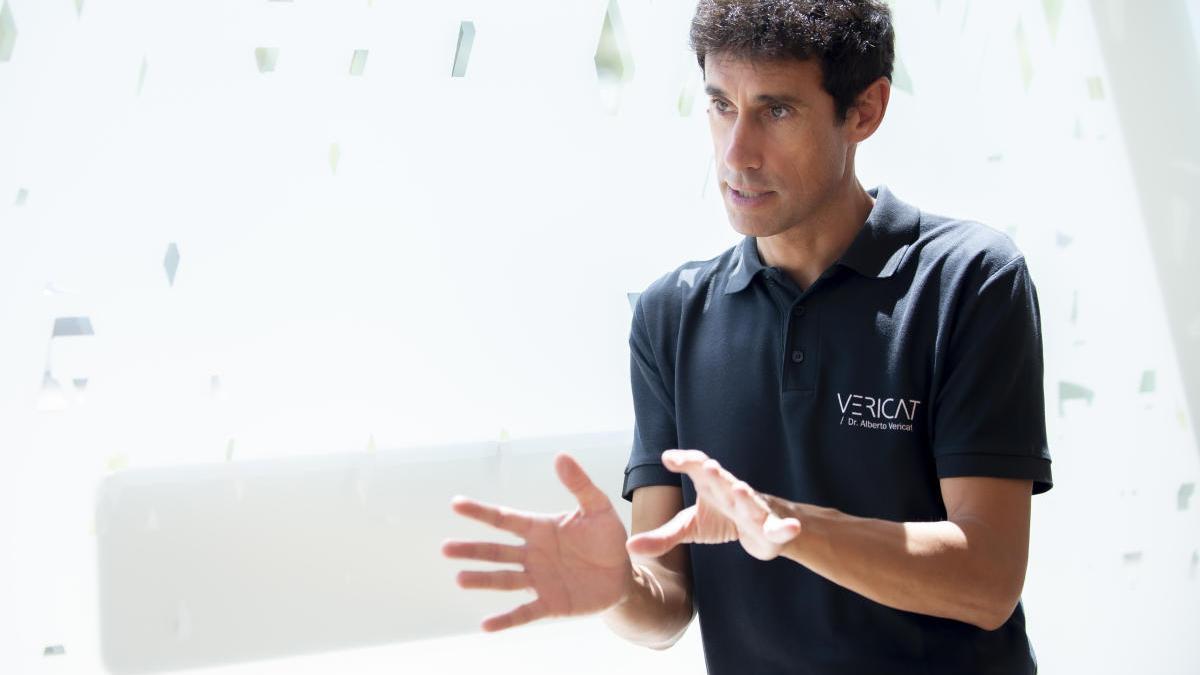 El Dr. Alberto Vericat es pionero desde 2002 en implantes dentales y prótesis fija en el mismo día.
