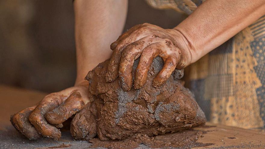 Tenerife reivindica la artesanía tradicional con la loza de los centros alfareros
