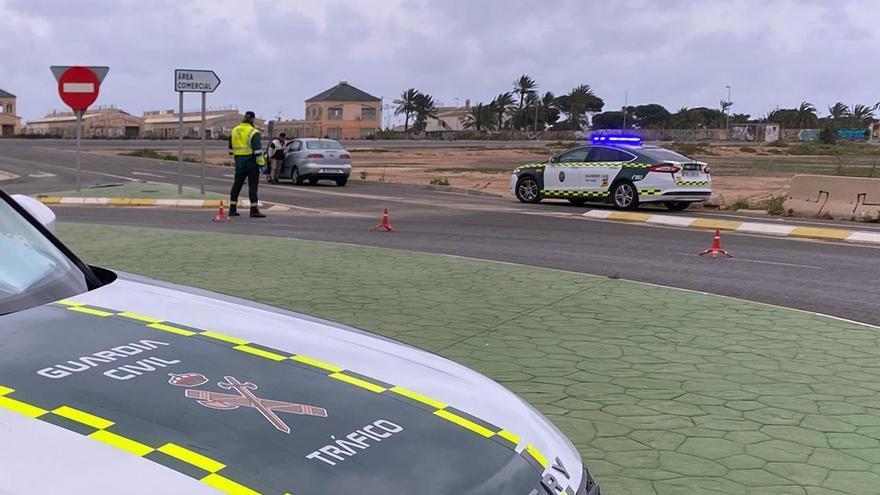 Investigan a un joven por conducir de forma temeraria en la A-7 y huir de la Guardia Civil