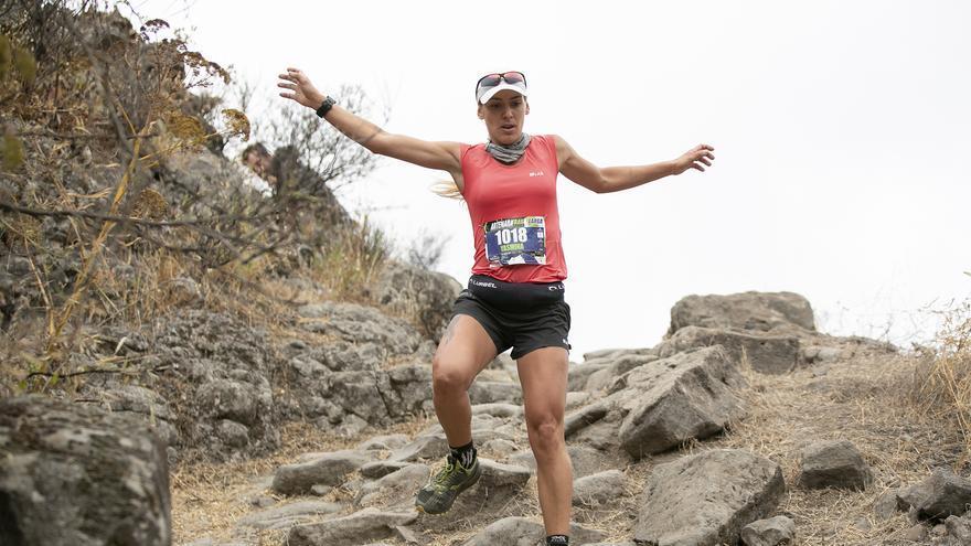 Santi Castellano y Yasmina Castro se imponen en la Artenara Trail
