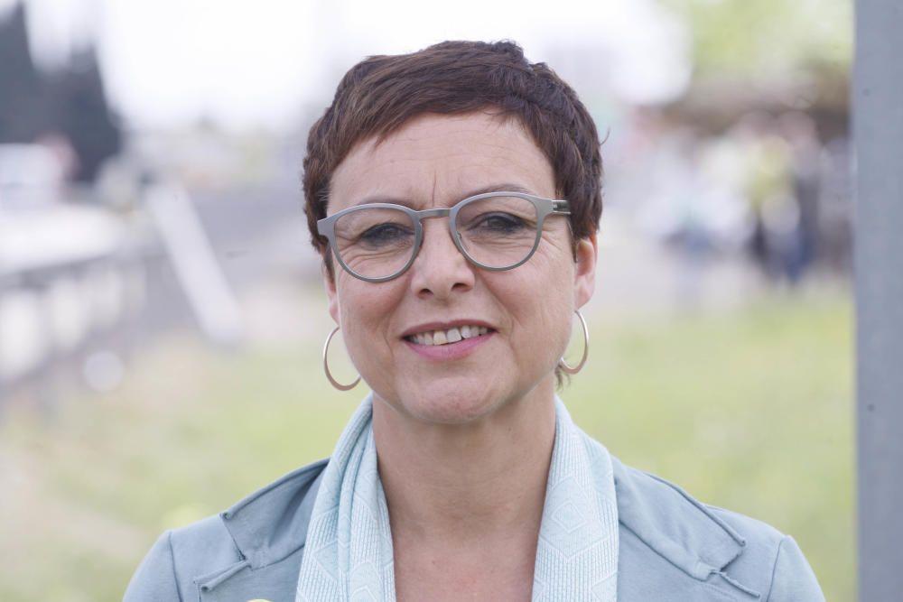 Montserrat Bassa Coll - ERC-Sobiranistes. La germana de l'exconsellera empresonada Dolors Bassa s'ha involucrat per primera vegada en política per denunciar la situació en què es troba la seva germana i la resta de líders independentistes empresonats.