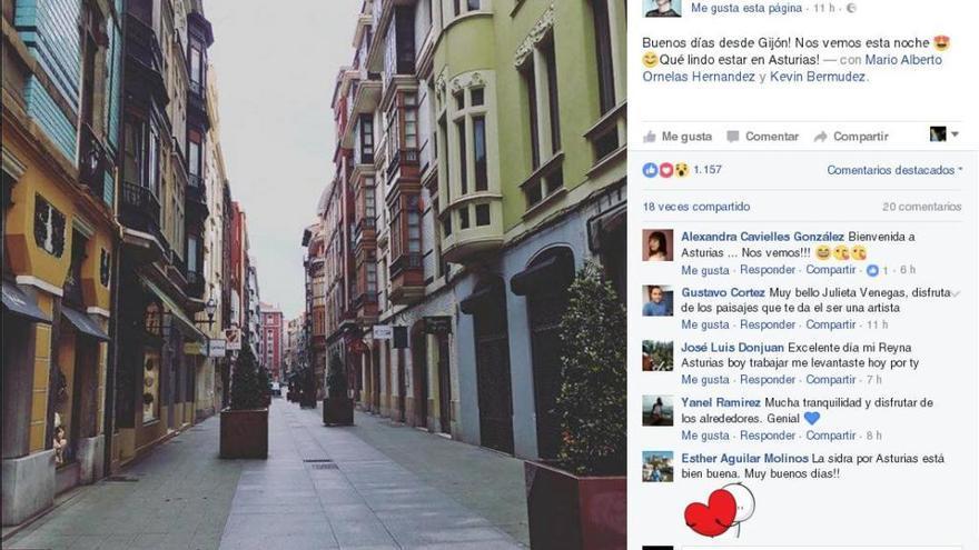 Julieta Venegas, fascinada con las librerías de Gijón