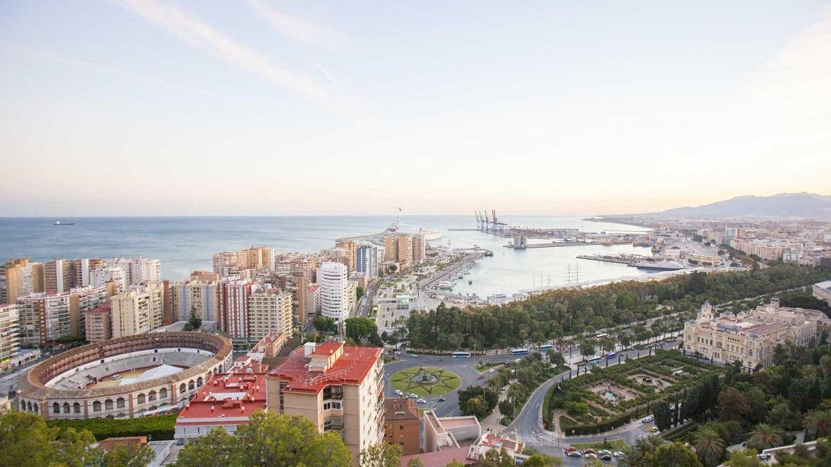Málaga, elegida por Forbes como una de las mejores ciudades para vivir