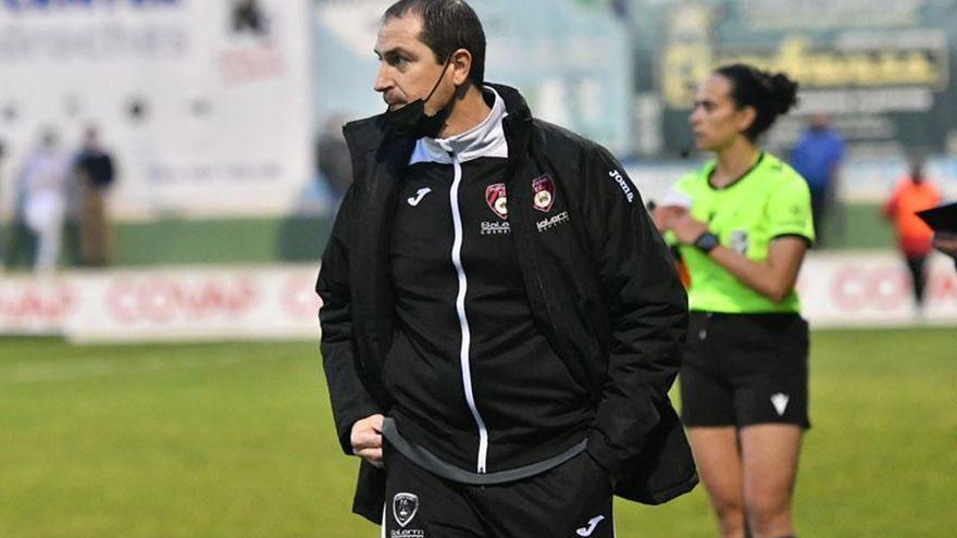 Diego Caro, dos temporadas más en el Puente Genil