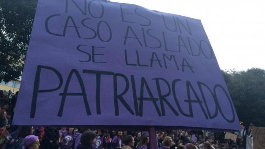 En imágenes: manifestación feminista en Gijón