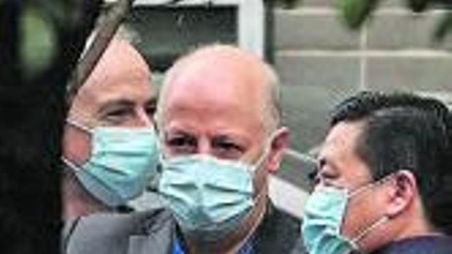 Pateando las calles para atrapar el virus