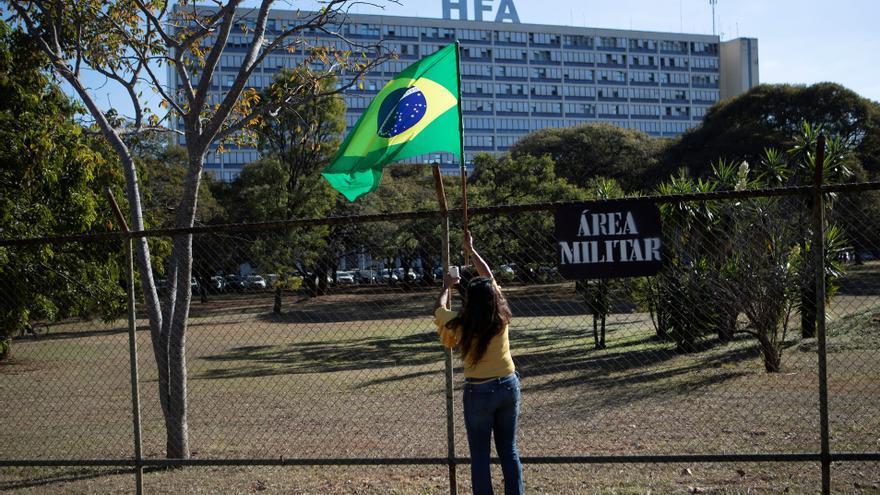 """Bolsonaro se recupera de forma """"satisfactoria"""" en un hospital de Sao Paulo"""