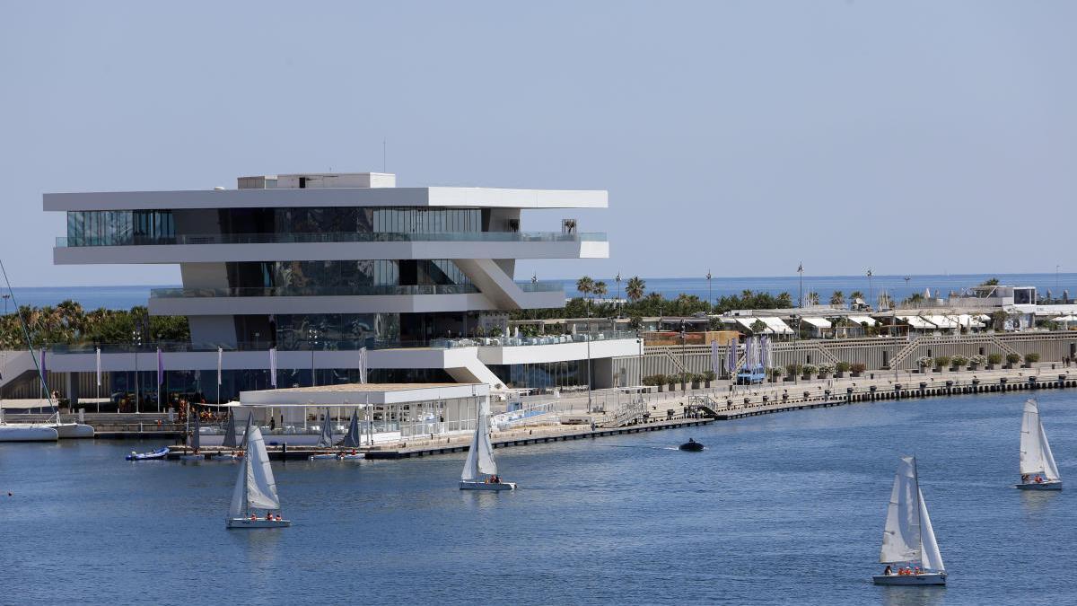 Edificio Veles e Vents en La Marina