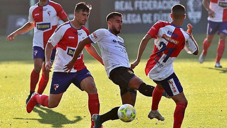 El Ourense CF supera al Arosa y se enfrentará al Compostela en la final