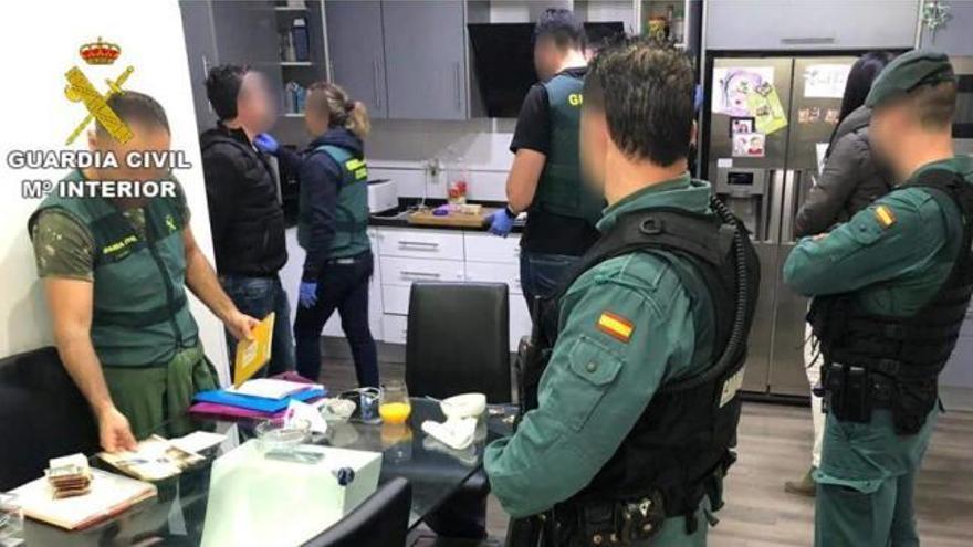 Desmantelan un chiringuito financiero en Torrevieja por una estafa de 10 millones a 250 perjudicados