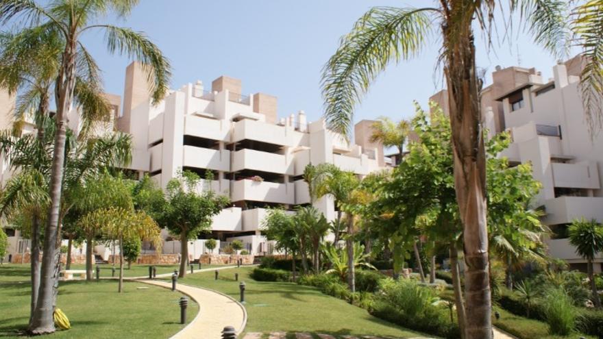 ¿Buscas apartamentos de 2 habitaciones en Estepona? Lo tenemos y, además, listo para entrar a vivir