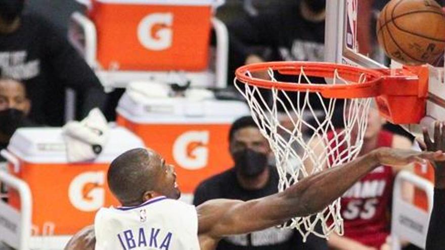 Los Jazz amplían a nueve su racha triunfal a costa de los Clippers
