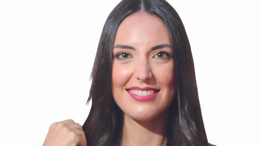 Beatriz Buigues Montoliu: Vuelve la bata blanca con la nieta del doctor Buigues
