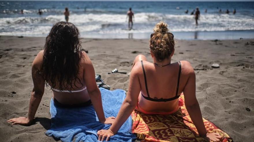 Cierran las playas de Las Teresitas y Las Gaviotas
