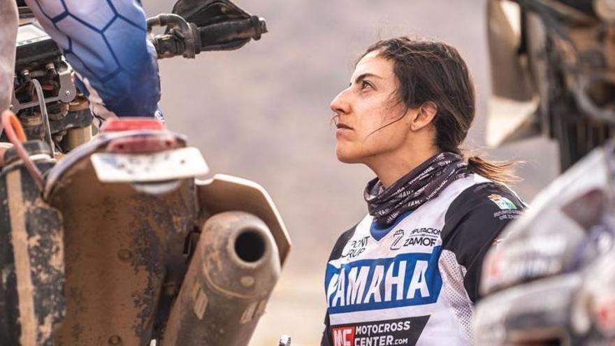 Sara García vuelve a acabar entre las 50 primeras motos en el Dakar 2021