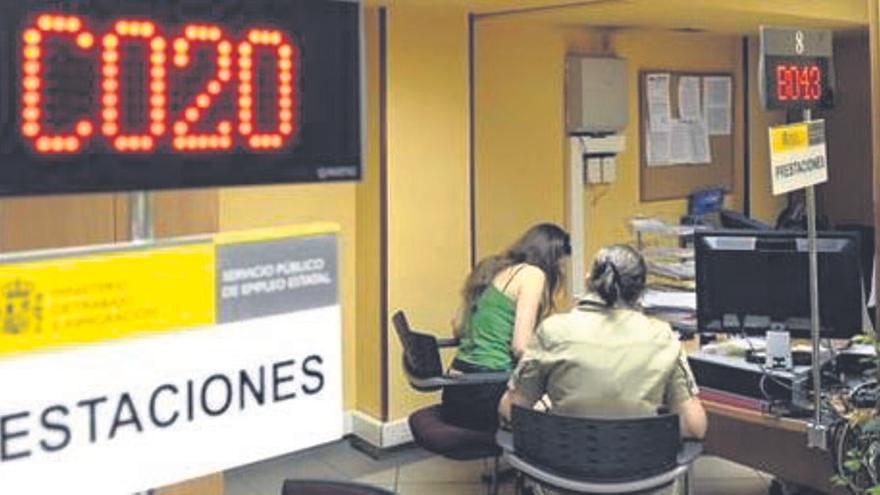 El paro se incrementa en agosto en Castilla y León en 427 personas