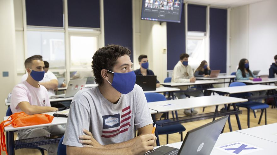 Títulos propios universitarios de ESIC Sevilla con los que los estudiantes disfrutan más del 90% de empleabilidad