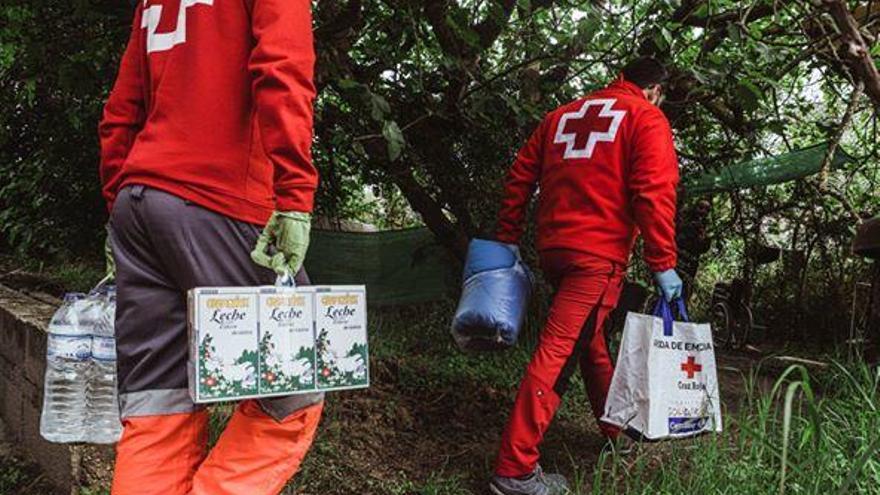 La Cruz Roja de Oliva realiza más de diez mil intervenciones en el estado de alarma