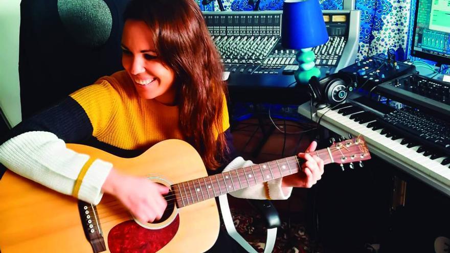 """Dácil Santana: """"Quiero mostrar mi faceta más sensible como cantautora"""""""