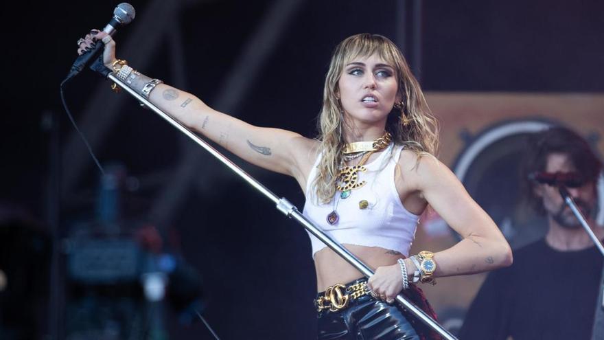Miley Cyrus celebra seis meses de sobriedad