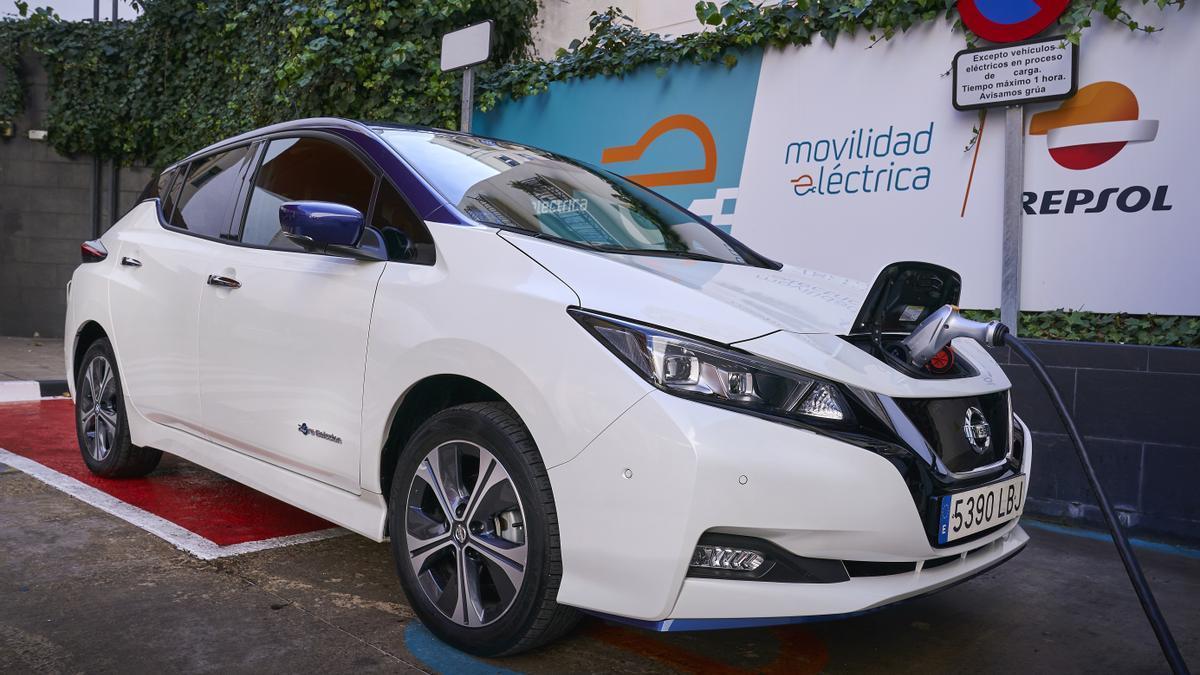 Acuerdo de colaboración entre Nissan y Repsol