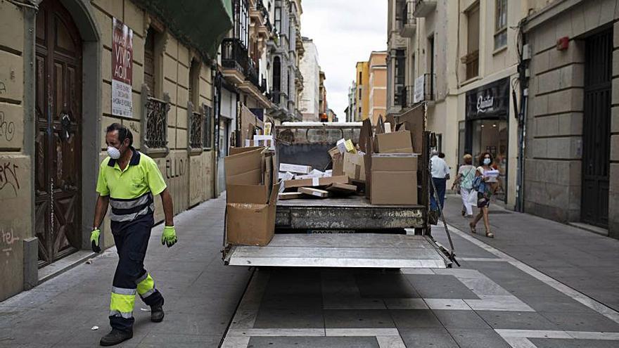 Los ingresos municipales por la tasa de basuras caen en 120.000 euros