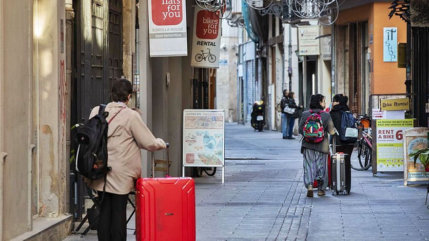 El 10 % de los propietarios de pisos turísticos controla la mitad del mercado