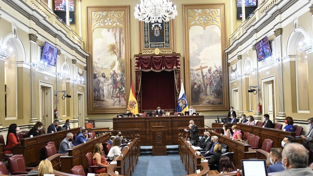 Pleno este martes del Parlamento de Canarias.