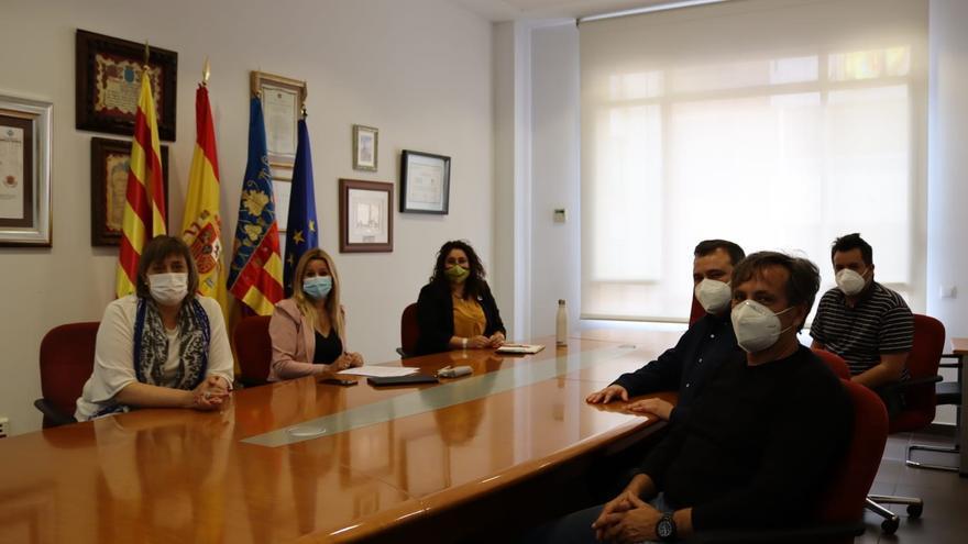 Vila-real elevará una moción al pleno en defensa de la oficina de Correos de la ciudad