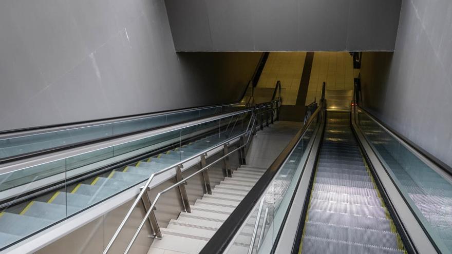 Cae el transporte de viajeros en el metro de Málaga
