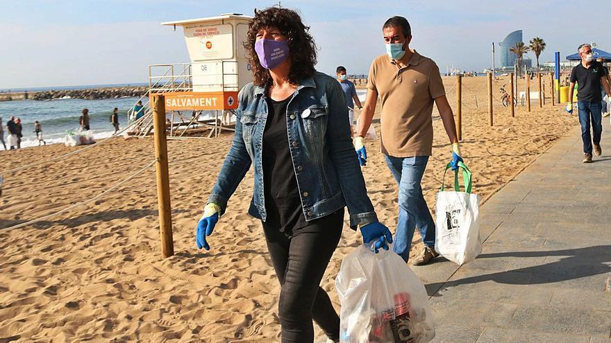 Jordà promet una llei per a la reducció dels envasos d'un sol ús