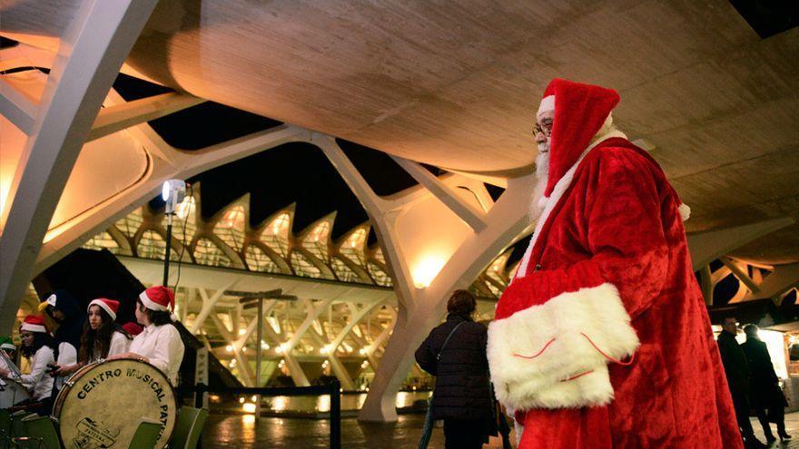 Mercado de Navidad  en la Ciutat de les Arts  i les Ciències