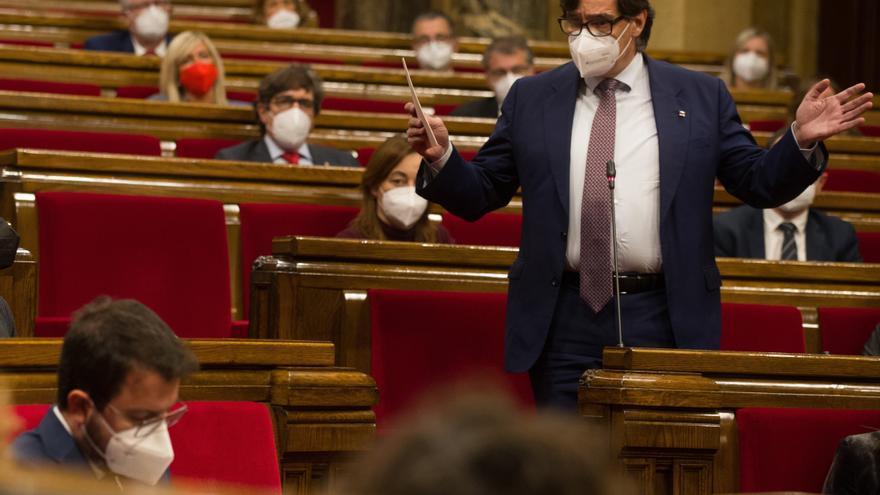 """Illa: """"Señor Aragonès, un nuevo fracaso. Hágase a un lado"""""""
