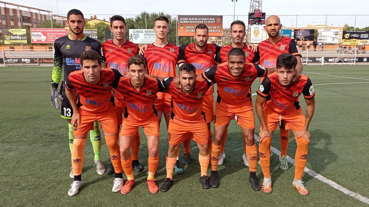 El equipo, antes del partido.