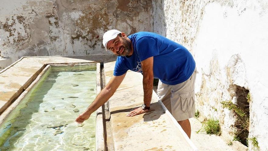 El arqueólogo valenciano Juan José Ruiz gana el X premio Fénix en La Serranía