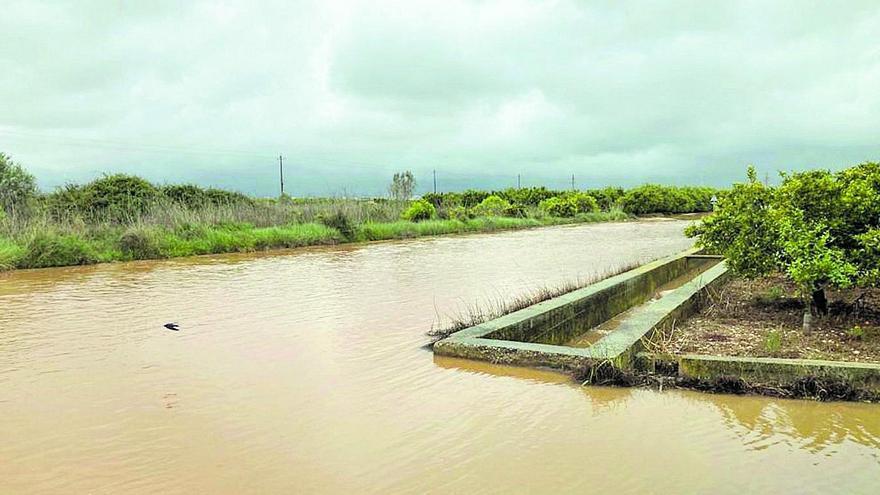 Las fuerte lluvias dejan 90 litros por metro cuadrado en el sur de Castellón
